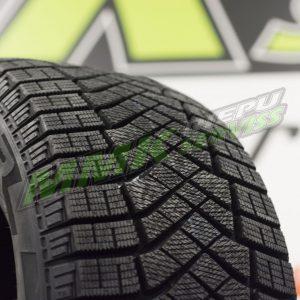 215/60R17 Pirelli W.Ice Zero FR 100T