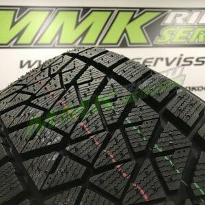 275/45R20 Bridgestone Blizzak DM-V2 110V - Vissezonas riepas / Ziemas riepas