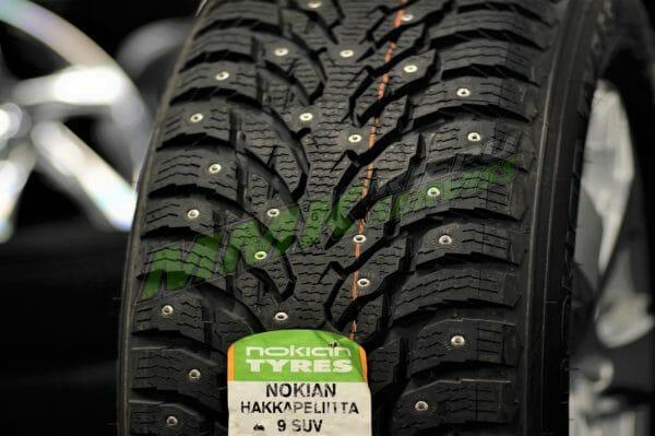 315/40R21 Nokian Hakkapeliitta 9 SUV 115T XL ar radzēm - Ziemas ar radzēm riepas