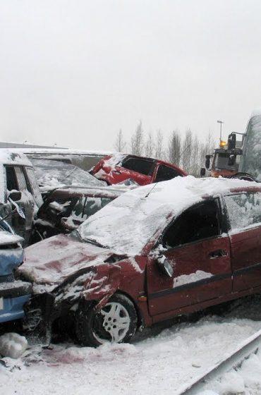 Melnais ledus avārija