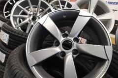 Audi R17 1